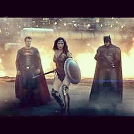 New Trailer  @BatmanvSuperman #HenryCavill #Superman #ManOfSteel #Batman #BruceWayne #ClarkKent #WonderWoman #Diana #LexLuthor #Doomsday #GalGadot  http://m.youtube.com/watch?sns=em&v=yViIi3gie2c