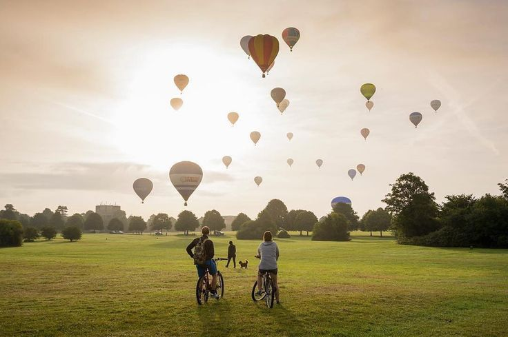 Best Places to Visit in England - Bristol Balloon Festival