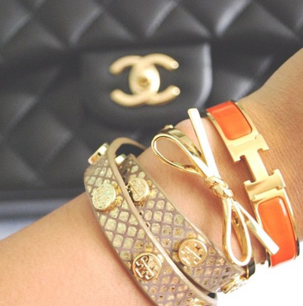 Fabulous arm party with Tory Burch, Hermes, and Kate Spade. http://bijouxcreateurenligne.fr/product-category/bracelet-fantaisie/                                                                                                                                                                                 Plus