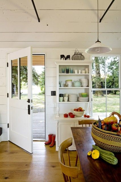 Tiny House by Jessica Helgerson Interior Design 1 (9) - TheCoolist - The Modern Design Lifestyle Magazine