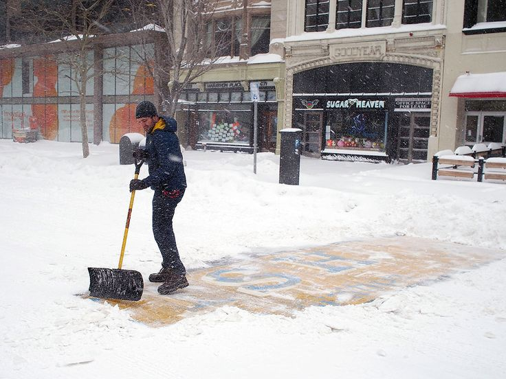 These Men Cleaned the Boston Marathon's Finish Line Mid-Blizzard http://www.people.com/article/men-shoveled-boston-marathon-finish-line-blizzard