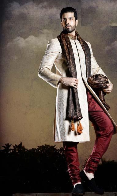 HSY-Summer-2013-Men-Party-Sherwanis-Suits-Collection-2013-8.jpg (382×640)