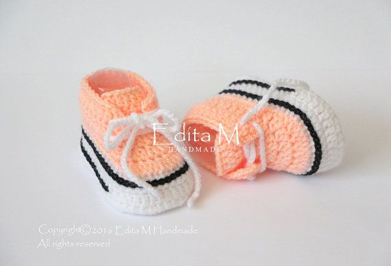 Crochet baby sneakers baby shoes boots booties by EditaMHANDMADE