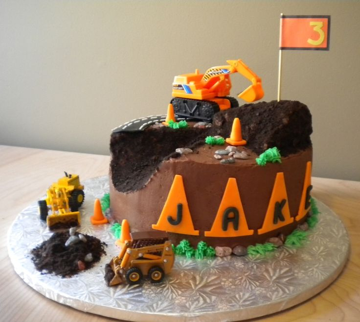 I had a cake order this weekend for a little guy who loves construction - especially construction cones! His mom provided me with his favor...