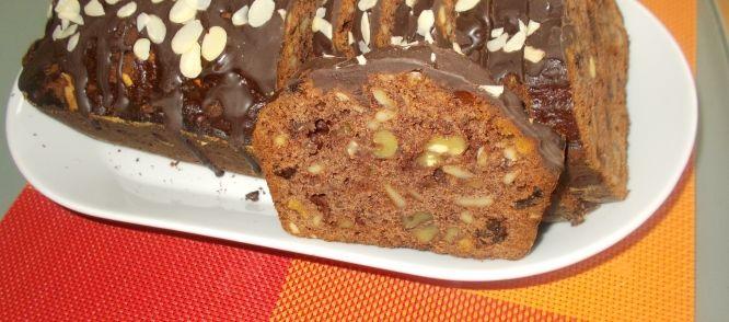 Chocolade-honingcake Of Koek Met Noten, Amandelspijs, Rozijnen En Rum recept | Smulweb.nl