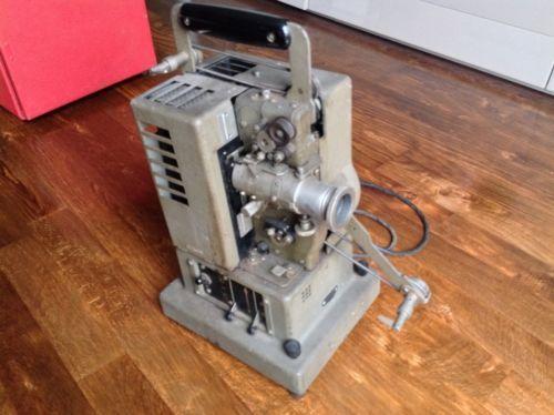 Alter Siemens Filmprojektor