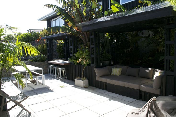 Sub Tropical Courtyard | christosaggers.co.nz