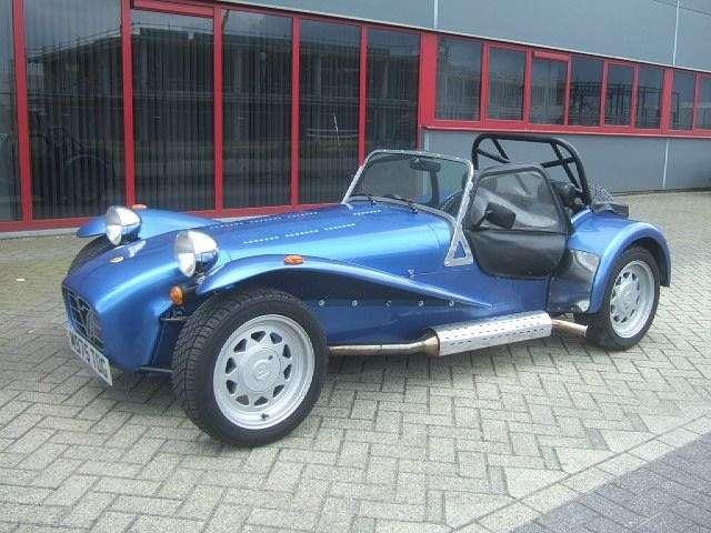 1000 images about lotus caterham 7 on pinterest luxury hotels vehicles and clam shells. Black Bedroom Furniture Sets. Home Design Ideas