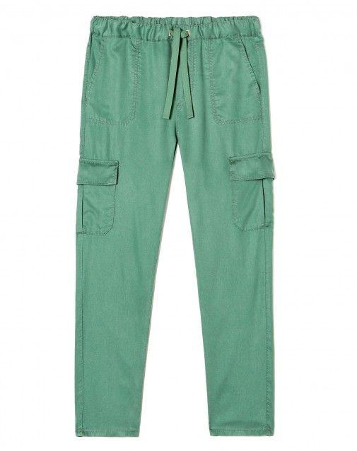 Αγόρασε Παντελόνι με μάξι τσέπες Πράσινο για Παντελόνια στο επίσημο κατάστημα της United Colors of Benetton.