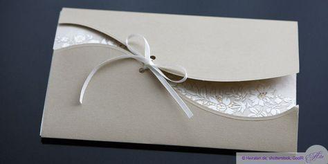 Ob schlicht, bunt, elegant, selbst gebastelt oder von einer Druckerei, die Einladungskarte ist das Aushängeschild Ihrer Hochzeit.