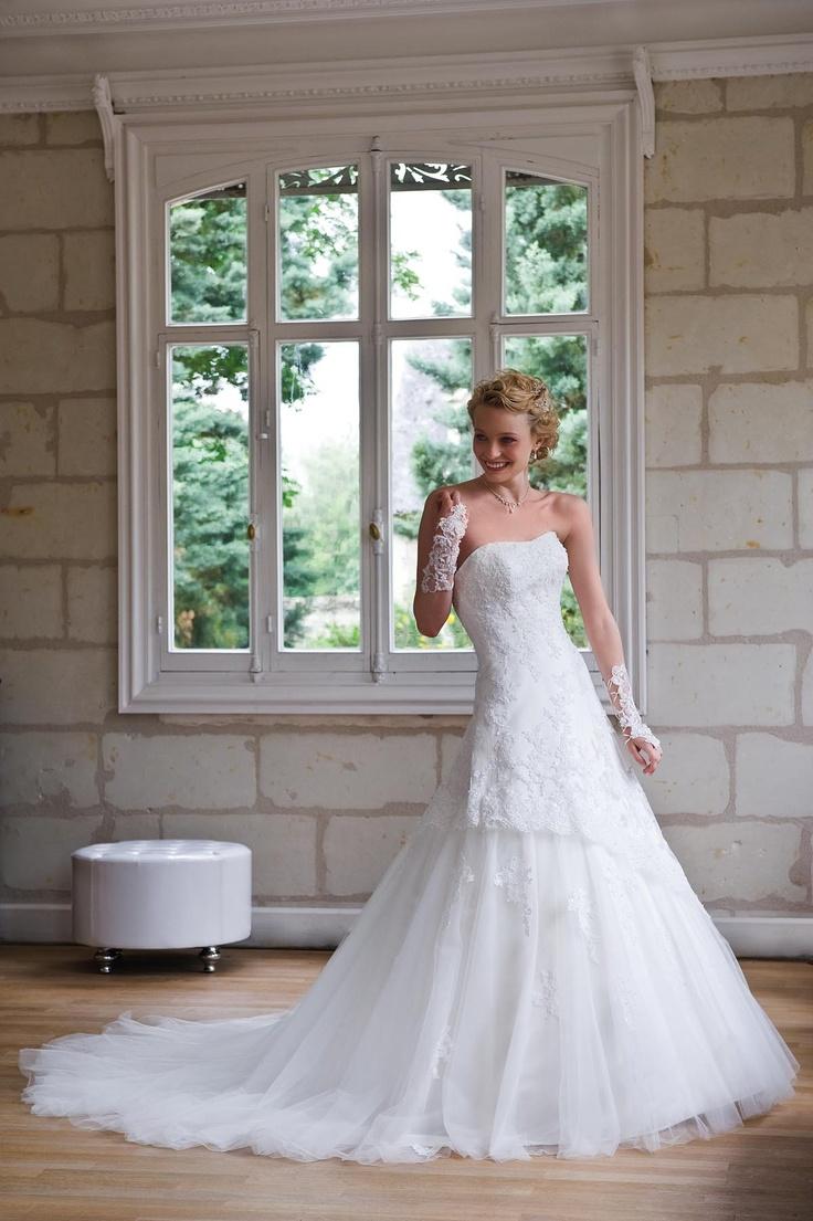 Igen Szalon Tia by Modeca wedding dress - Caraibe #igenszalon #weddingdress #modeca