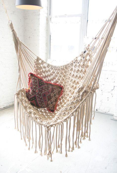 White macrame hammock invokethespirit seating for Diy macrame hammock