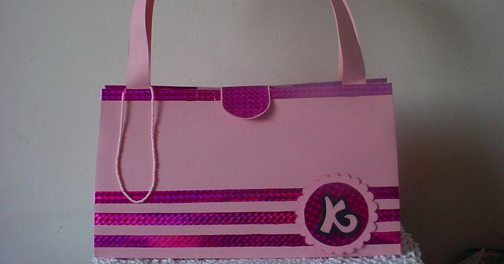 Sinterklaas surprise voor een meisje dat van winkelen houdt. Een prachtige tas.