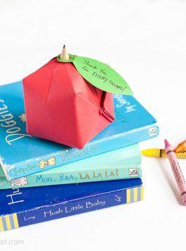 Origami Apple Favor | www.1dogwoof.com