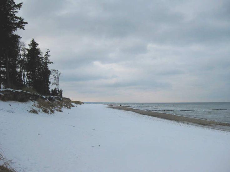 Hier ein Wintereindruck vom Ostsee Strand Graal Müritz. Der Strand liegt nahe der Ferienwohnung Graal Müritz Appartement. http://graal-mueritz.info/ferienwohnung @graalmueritz #GraalMüritz #Graal #Mueritz #GraalMueritz #Ostsse #Strand #Ferienwohnung #FEWO #Hotel #Urlaub