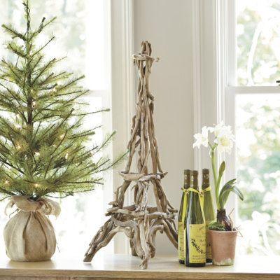 Driftwood Torre Eiffel de BallardDesigns.com