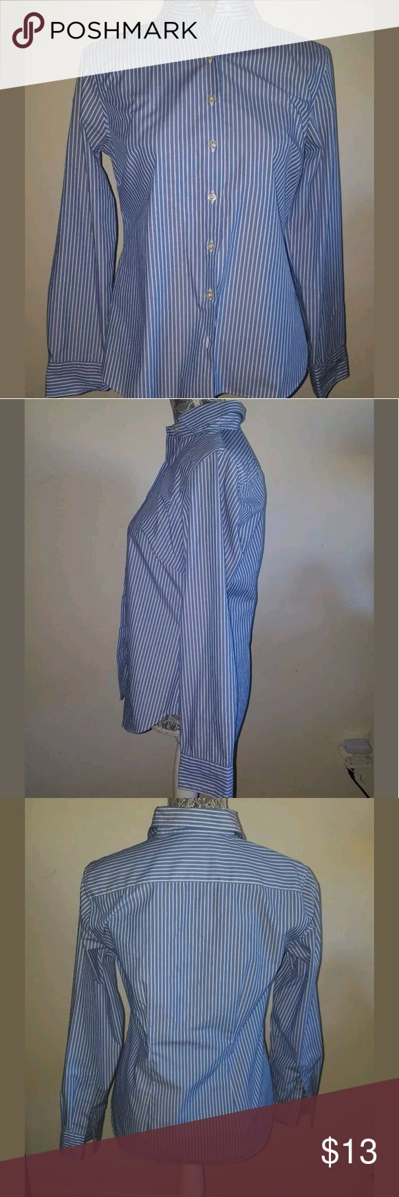 "Lands' End Oxford Long Sleeve Blue White Stripes Lands' End Women's Shirt Oxford Long Sleeve Blue White Stripe Size 6 No Ironall saintslength 26""bust 30"" 005 Lands' End Tops Button Down Shirts"