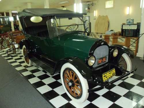 Best Overland Vehicles >> 1917 Willys-Overland 5-Passenger Touring Car | Antique Cars & Trucks on AntiqueCar.com ...