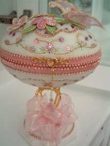 Pink Butterfly Jewel Box - Made by Kay, this egg is a Dot Cannon design.