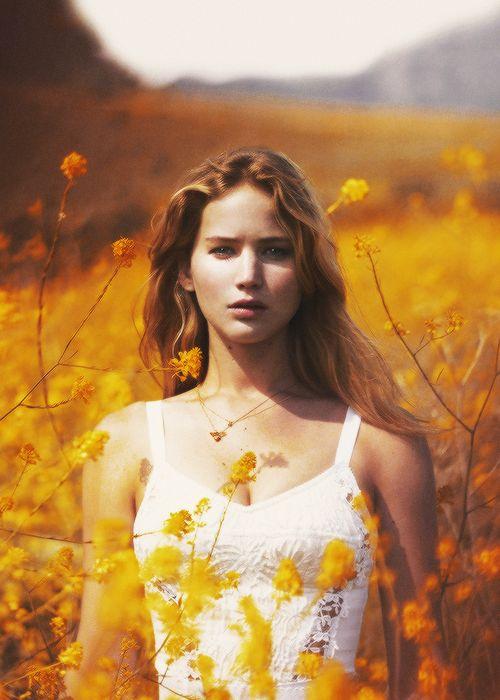 Jennifer Lawrence, девушка   женщина, волосы светлые, темные, глаза серые, 3