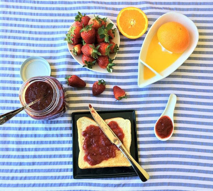 Low sugar, no pectin strawberry ginger jam, that is ready in minutes – did I get your attention? Making pickles and jams – a summer ritual at my home. Strawberries are an absolute favourite for both DD and me. And DH loves strawberry jam. But we are not a fan of store brought jams …