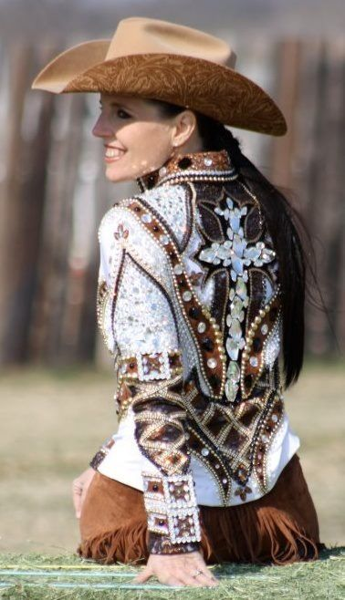 Western Show Outfit Question (Matching White Hat to Outfit?) | Page 4 | My Horse Forum
