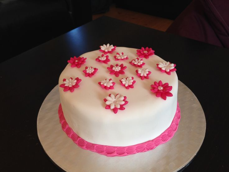 My first floral cake