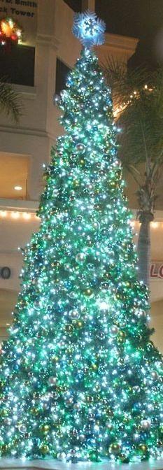 ❊ Christmas at Tiffany's ❊