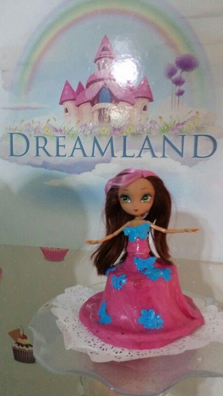 Doll's cake