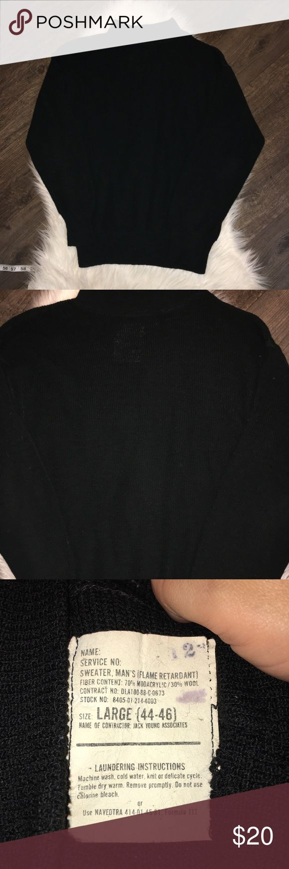 Vintage men's military issued sweater Vintage men's military issued sweater Great condition Vintage Sweaters Turtleneck