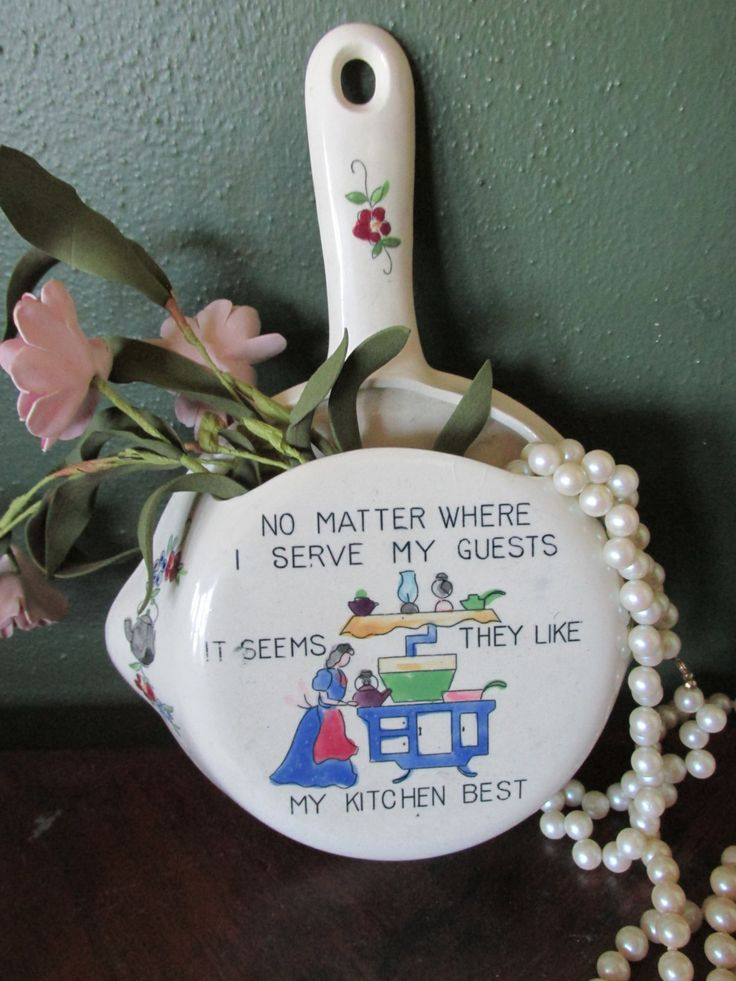 Kitchen Skillet Wall Pocket Retro Decor Saying Guests Like My Kitchen Best by LuRuUniques on Etsy