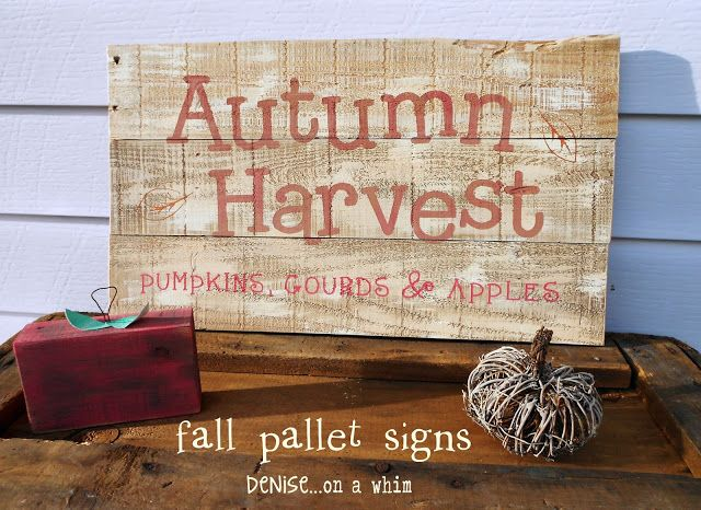 Fall Friday Finds - Fall Themed Pallet Decor |