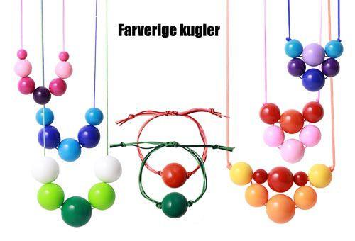 Lav flotte og farverige halskæder og armbånd med akryl perler.