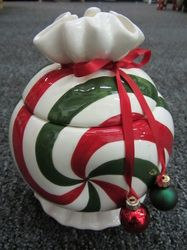 Cookie Jar,Red/Green/White, porcelain