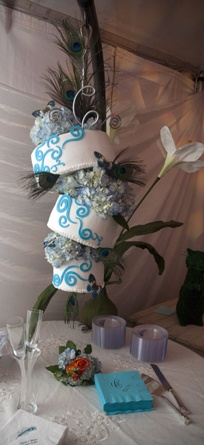 Hanging, topsy turvy wedding cake!!  hollyScakes.com at Gassaway Mansion - Greenville SC