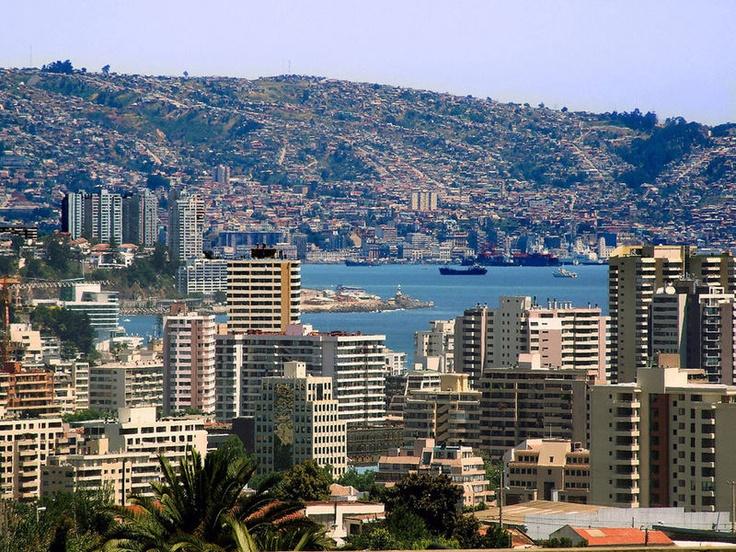 Valparaíso  unas fotos que tenía en el baúl de los recuerdos    Su conurbación con Viña del Mar, Valparaíso de fondo