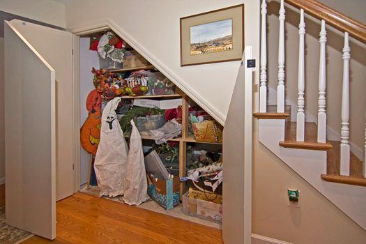more stair-storage: Under Stair Storage, Interior Design, Storage Spaces, Staircase Storage, Under Stairs, Stairs Idea, Storage Ideas, Basement Storage