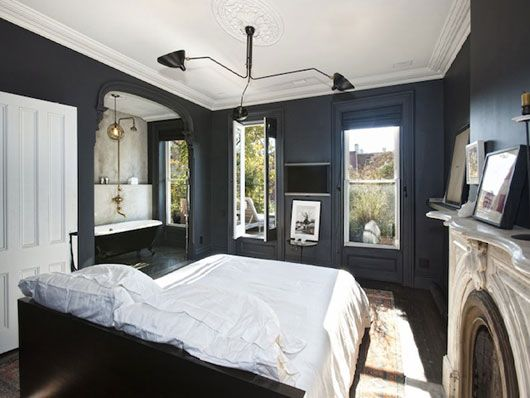 dark walls: Wall Colors, Four-Post, Brooklyn Townhouse, Paintings Colors, Jenna Lyons, Master Bedrooms, Black Bedrooms, Black Wall, Dark Wall