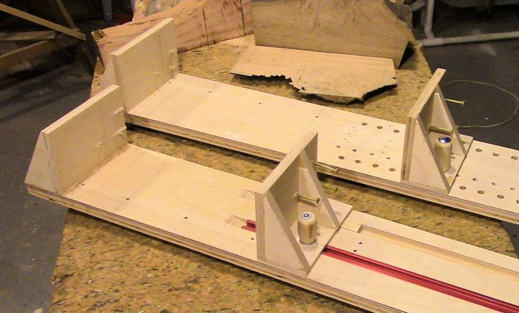 2 Adjustable Saw Mill Sleds For A Bandsaw