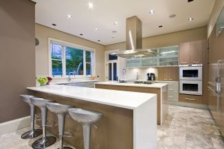Kitchen in new interiors #ceasarstone and #miele