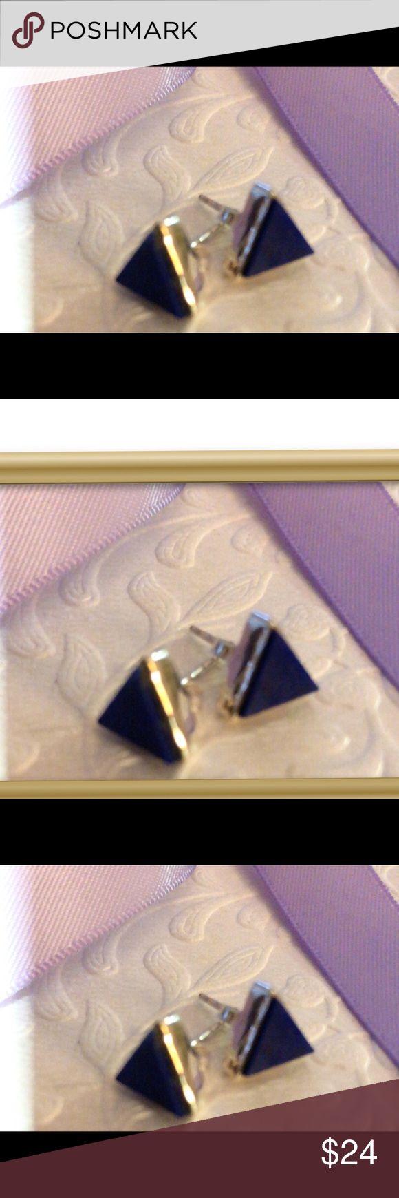Onyx Deepest Blue Sterling Silver Stud Earrings Brand New Wrapped Sterling Silver Deep Blue Onyx Colored Stud Earrings .  Perfectly Cute Jewelry Earrings