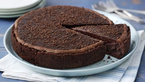 From the bourbon biscuit base to the fudge topping. This recipe for Mississippi mud pie is a chocolate-lovers delight.