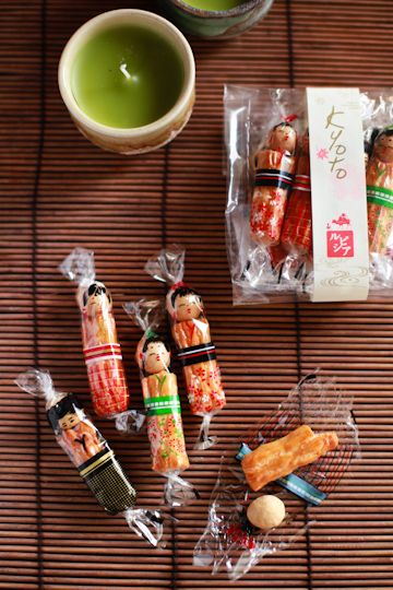 Japanese rice crackers あられ
