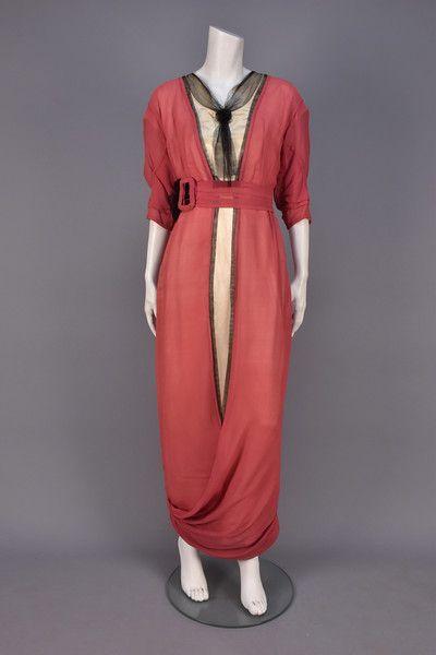 SILK DAY DRESS with HOBBLE SKIRT, 1913 - 1915.