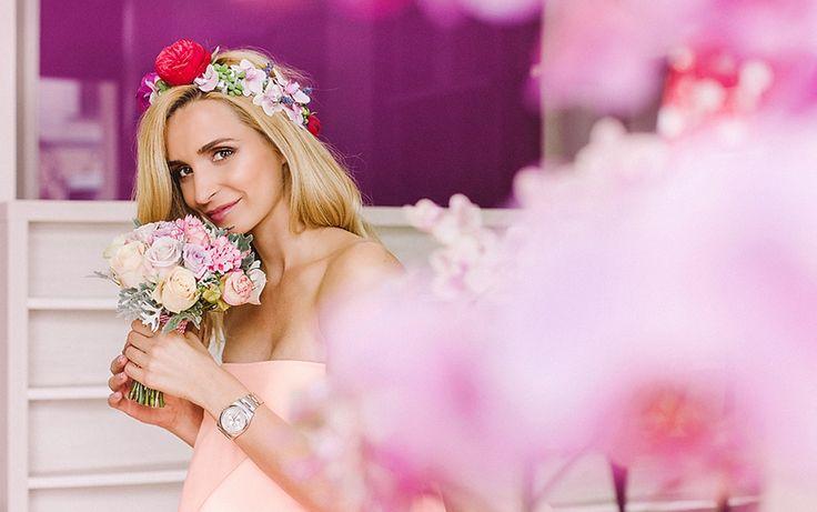 Coronite din flori naturale pentru mirese romantice