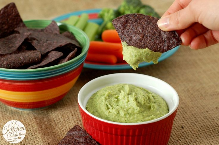 Cilantro Lime Jalapeno Hummus Recipe...made with white beans