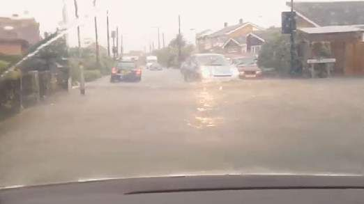 Flash Floods, Thunder, And Another Hot Spell - http://www.4breakingnews.com/uk/flash-floods-thunder-and-another-hot-spell.html