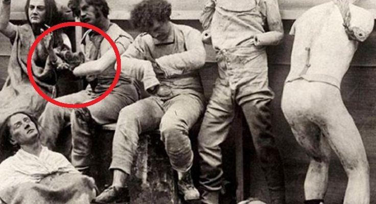 Preparamos para você uma seleção de 16 imagens históricas raras, por trás da quais se escondem as histórias mais arrepiantes.