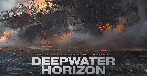 H έκρηξη της εξέδρας άντλησης πετρελαίου Deepwater Horizon στα ανοιχτά της Λουιζιάνα στον κόλπο του Μεξικό τον Απρίλιο του 2010, πρ...