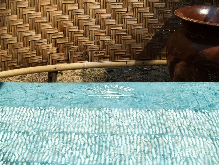 Suns out, buns out! Tanning bed in your private bathroom garden for an all even glow! ☀  #airbnb #lodge #livingsmall #islandlovers #gili #ecolodge #beautifuldestinations #giliislands #exploreindonesia #travelblog #traveladdict #lodgelife #tasteintravel #lifewelltravelled #outdoorliving #livethelittlethings #island #exploremore #discover #travelbloggers #seetheworld #wanderlust #globe_travel #travelpicsdaily #simplyadventure #lifeofadventure #letsgosomewhere #exploringtheworld